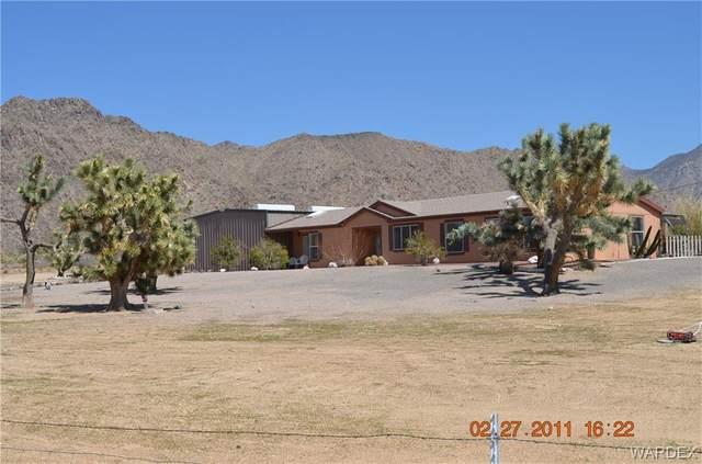 11078 S Alvis Rd, Yucca, AZ 86438 (MLS #963030) :: The Lander Team