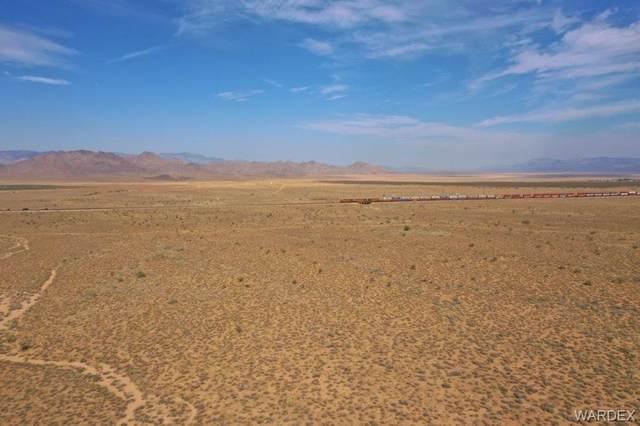 38.91 Acres E Water Tank Road, Kingman, AZ 86401 (MLS #964973) :: The Lander Team