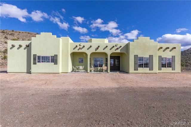 4310 E Tomahawk Drive, Kingman, AZ 86401 (MLS #965642) :: The Lander Team