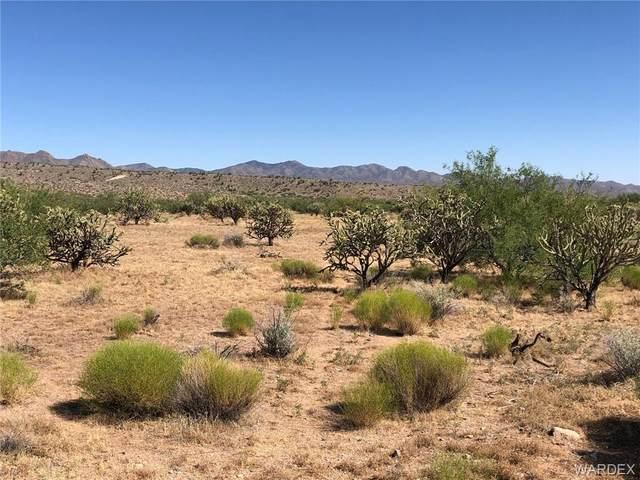 Lots 11,12,13 Hackberry Road, Kingman, AZ 86401 (MLS #968577) :: The Lander Team