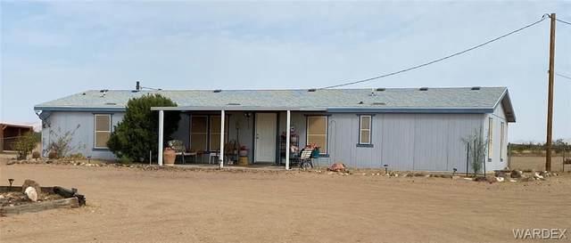6103 W Chino Drive, Golden Valley, AZ 86413 (MLS #973944) :: The Lander Team