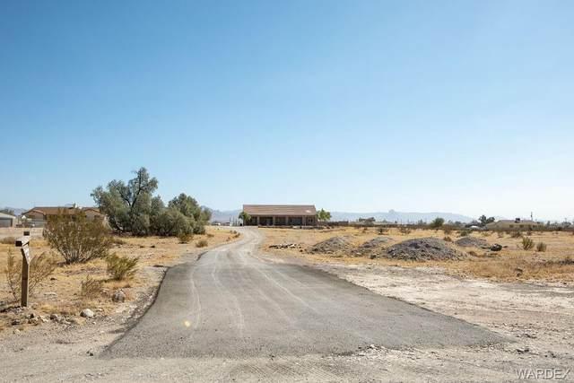 4420 S Infantry Road, Fort Mohave, AZ 86426 (MLS #974205) :: The Lander Team