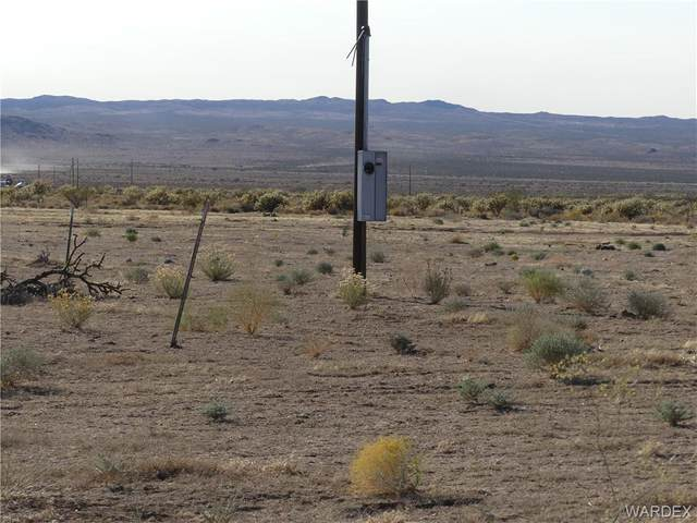 4.64 ACRES Highway 93, Dolan Springs, AZ 86441 (MLS #974416) :: The Lander Team