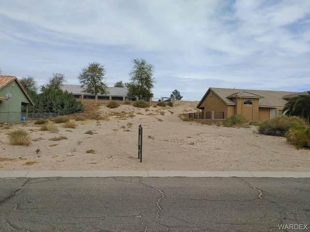 2157 E Hammer Lane, Fort Mohave, AZ 86426 (MLS #977176) :: The Lander Team