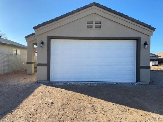 2424 N Emerson Avenue, Kingman, AZ 86409 (MLS #977595) :: The Lander Team