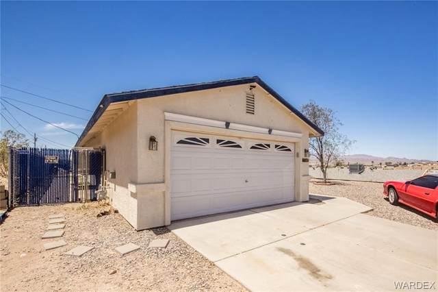 1685 Arriba Drive, Bullhead, AZ 86442 (MLS #980881) :: The Lander Team