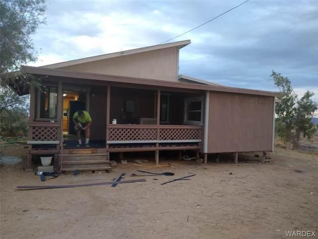 3785 N Mobile Road, Golden Valley, AZ 86413 (MLS #981148) :: The Lander Team