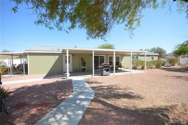 3114 Larkwood Avenue, Bullhead, AZ 86429 (MLS #983305) :: The Lander Team