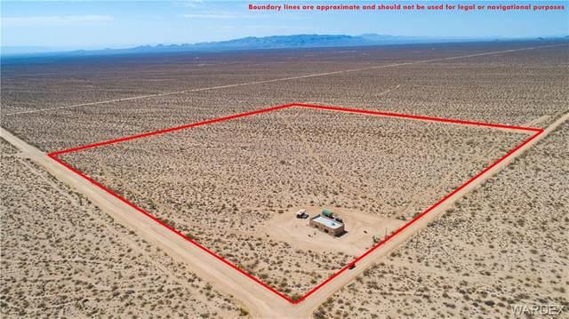 17981 S Gene Autry Drive, Yucca, AZ 86438 (MLS #983850) :: The Lander Team