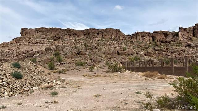 Lot 13 Country Club, Kingman, AZ 86401 (MLS #984327) :: AZ Properties Team | RE/MAX Preferred Professionals
