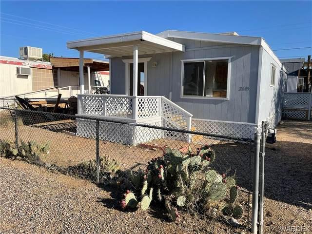 2615 E Ames Avenue, Kingman, AZ 86409 (MLS #984945) :: The Lander Team