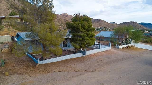 4230 N Cholla Drive, Golden Valley, AZ 86413 (MLS #986486) :: The Lander Team