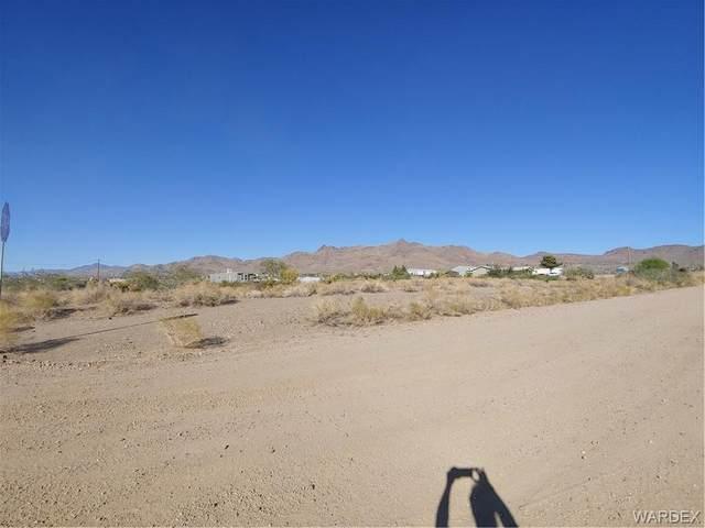458 S Bowie Road, Golden Valley, AZ 86413 (MLS #986527) :: The Lander Team