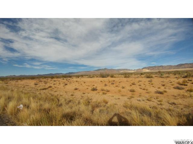 0000 Hwy 93, Golden Valley, AZ 86413 (MLS #920100) :: The Lander Team