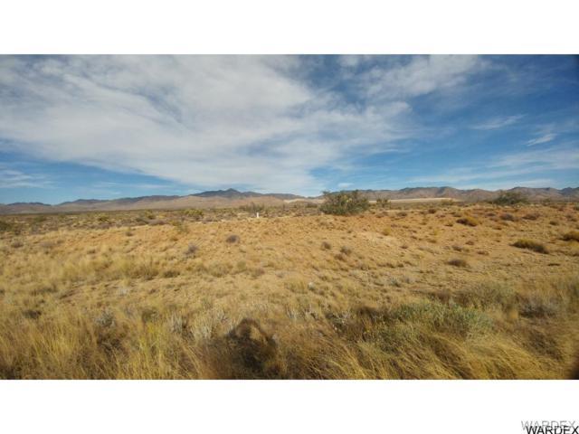 0000 Hwy 93, Golden Valley, AZ 86413 (MLS #920104) :: The Lander Team