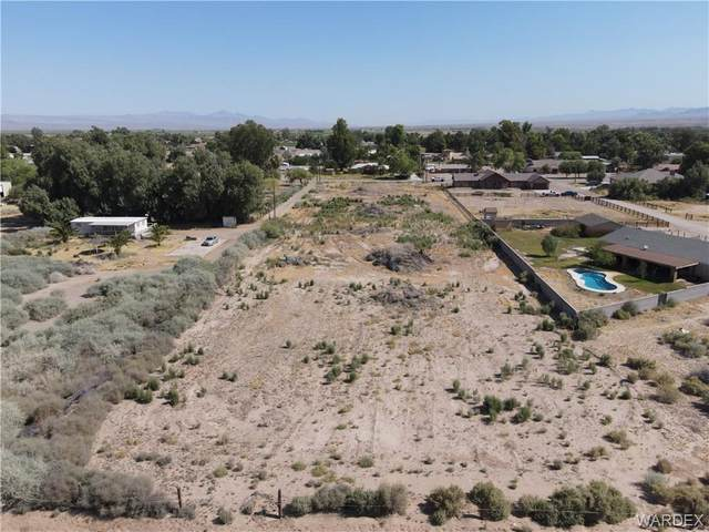 1800 E South Drive, Mohave Valley, AZ 86440 (MLS #963270) :: The Lander Team