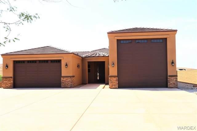 2998 Esmerelda Drive, Bullhead, AZ 86429 (MLS #966973) :: The Lander Team