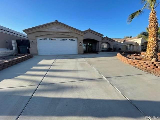2068 E Desert Lakes Drive, Fort Mohave, AZ 86426 (MLS #978284) :: The Lander Team