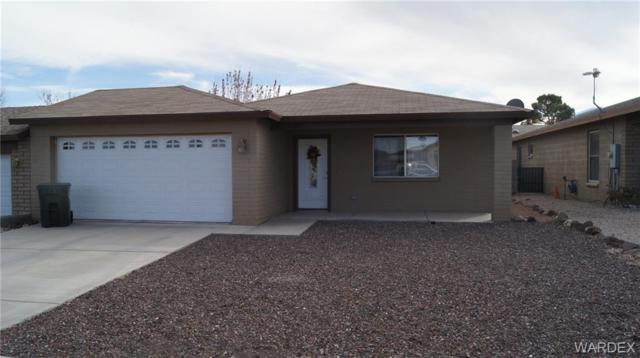 950 Mountain View Drive, Kingman, AZ 86409 (MLS #955865) :: The Lander Team