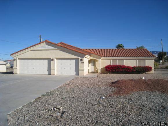 2259 Holly Ave, Lake Havasu City, AZ 86403 (MLS #935644) :: Lake Havasu City Properties