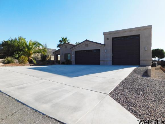 3060 Pepperwood Dr, Lake Havasu City, AZ 86404 (MLS #935763) :: Lake Havasu City Properties
