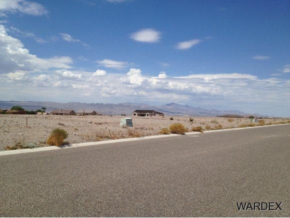 3799 Ramsey Road, Bullhead, AZ 86442 (MLS #940162) :: The Lander Team