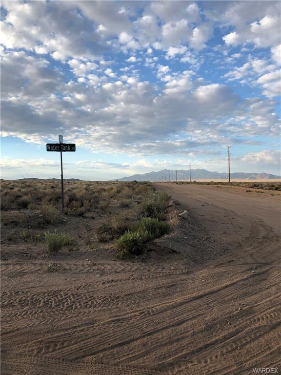 TBD Olympic Road, Kingman, AZ 86409 (MLS #952412) :: The Lander Team