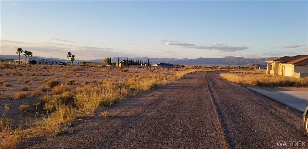 9813 Whipple Drive - Photo 1