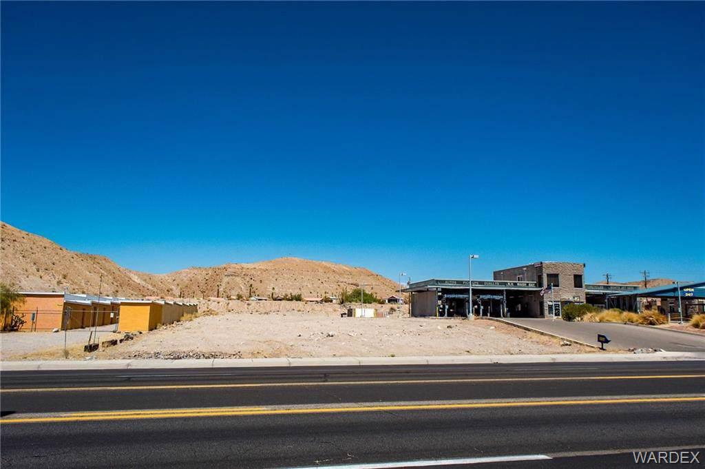 3108 Highway 95, Bullhead, AZ 86442 (MLS #953584) :: The Lander Team