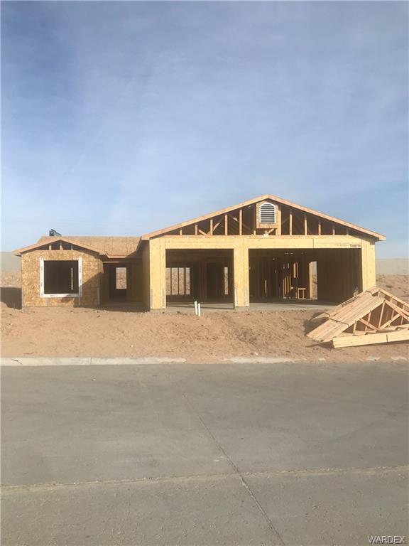 6032 Columbia Avenue, Fort Mohave, AZ 86426 (MLS #955764) :: The Lander Team