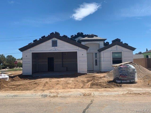 4830 Anthony Avenue, Kingman, AZ 86409 (MLS #957575) :: The Lander Team