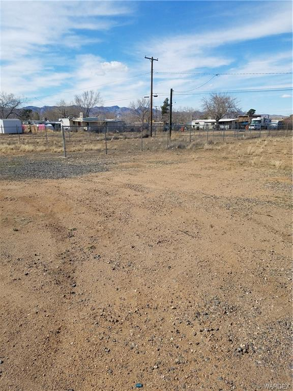 3605/3609 E Northern Avenue, Kingman, AZ 86409 (MLS #957705) :: The Lander Team