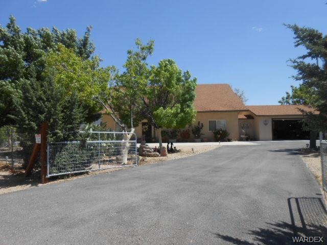 26242 N Tamarisk, Meadview, AZ 86444 (MLS #958098) :: The Lander Team