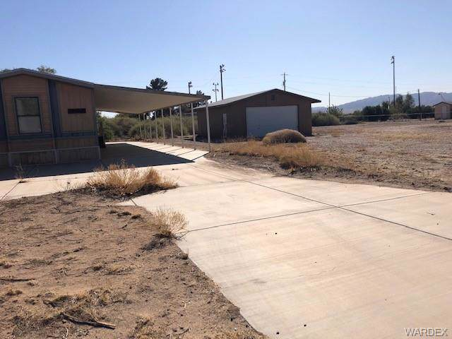 8287 S Olive Avenue, Mohave Valley, AZ 86440 (MLS #962307) :: The Lander Team
