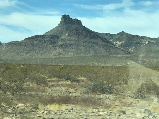 0000 S Cameron, Golden Valley, AZ 86413 (MLS #962728) :: The Lander Team