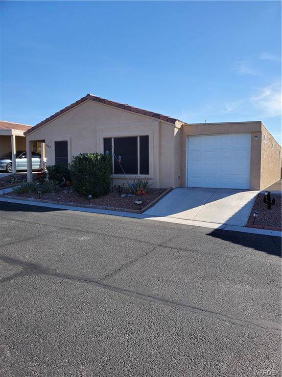 2288 Santa Rosa Lane, Bullhead, AZ 86442 (MLS #964313) :: The Lander Team
