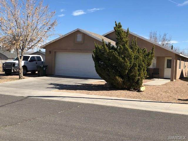 3240 N Yuma Street, Kingman, AZ 86401 (MLS #964951) :: The Lander Team