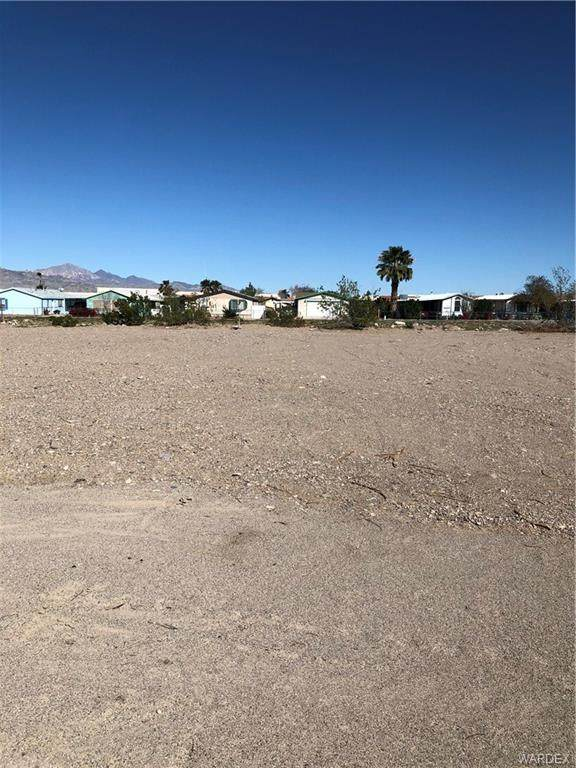 1681 Oro Avenue, Bullhead, AZ 86442 (MLS #965127) :: The Lander Team