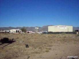 3835 Andy Devine Ave, Kingman, AZ 86401 (MLS #971087) :: The Lander Team