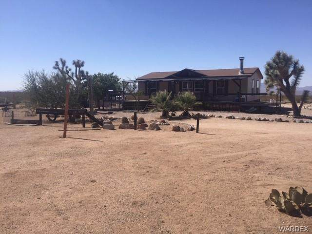 17306 S Jesse James Road, Yucca, AZ 86438 (MLS #974330) :: The Lander Team