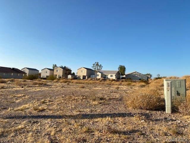 3445 Mccormick Blvd., Bullhead, AZ 86429 (MLS #974475) :: The Lander Team