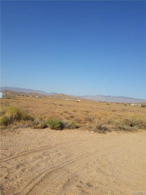 10650 N Taos Road, Kingman, AZ 86401 (MLS #974538) :: The Lander Team