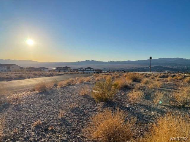 3441 Landon Drive, Bullhead, AZ 86429 (MLS #976663) :: The Lander Team