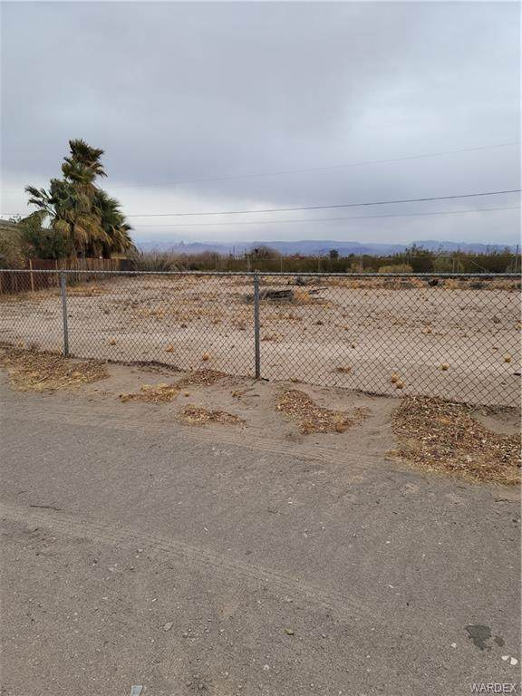 10078 S River Delta Road, Mohave Valley, AZ 86440 (MLS #976785) :: The Lander Team