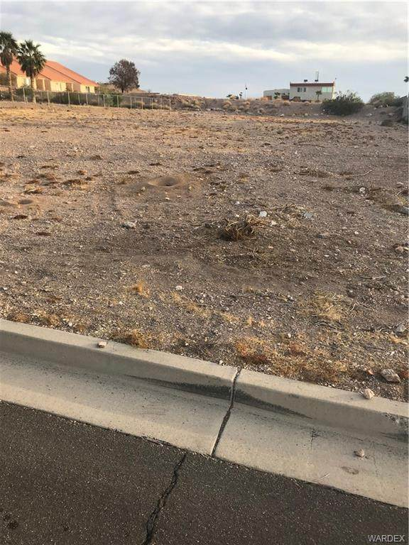 3534 Sun River Road, Bullhead, AZ 86429 (MLS #977193) :: The Lander Team