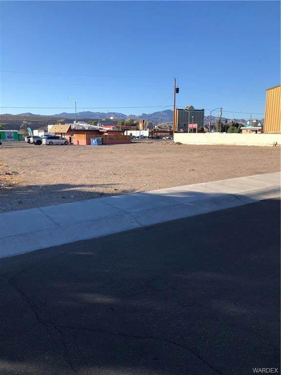 391 Lee Ave, Bullhead, AZ 86429 (MLS #977257) :: The Lander Team