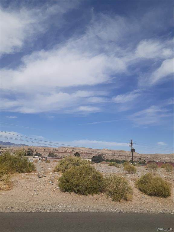 1761 Dorado Drive, Bullhead, AZ 86442 (MLS #979593) :: The Lander Team