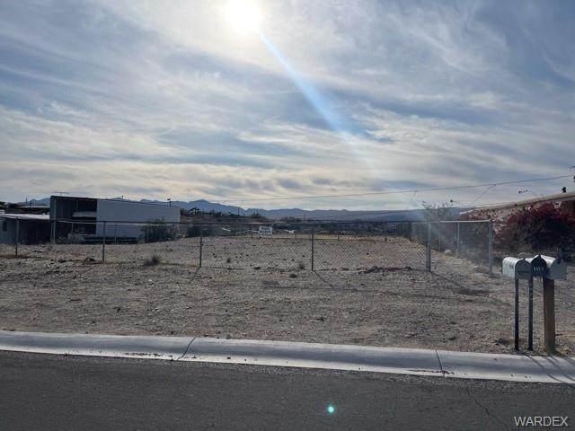 1655 Toro Drive, Bullhead, AZ 86442 (MLS #979709) :: The Lander Team
