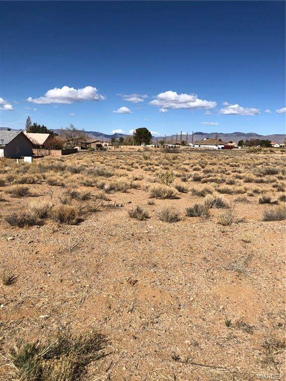 7659 E Old Mission Drive, Kingman, AZ 86401 (MLS #979782) :: AZ Properties Team | RE/MAX Preferred Professionals