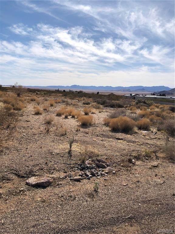 7280 E Cactus Drive, Kingman, AZ 86401 (MLS #979783) :: AZ Properties Team | RE/MAX Preferred Professionals